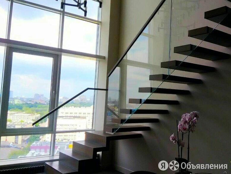 Консольная лестница на стекле по цене 385000₽ - Лестницы и элементы лестниц, фото 0