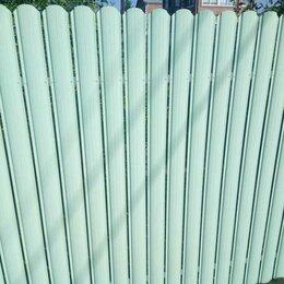 Заборы, ворота и элементы - Металлический штакетник рал 6019 фисташковый цвет , 0