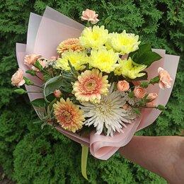 Цветы, букеты, композиции - Доставка букетов, 0