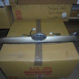 Кузовные запчасти - Kia Cerato 2003-2008 год Накладка крышки багажника, 0