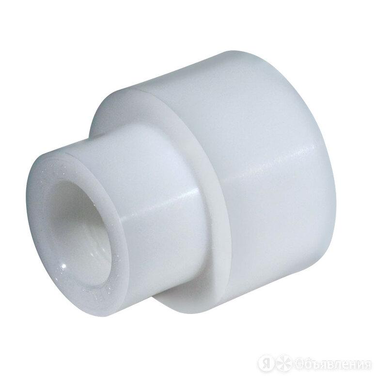 Муфта переходная PPR ф50х40 белая по цене 22₽ - Комплектующие водоснабжения, фото 0