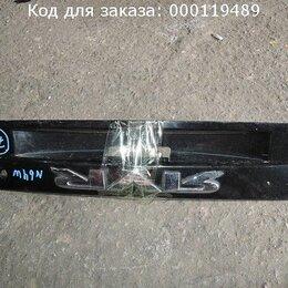 Лампочки - Накладка 5-й двери на Mitsubishi Rvr N61W MR391703, 0