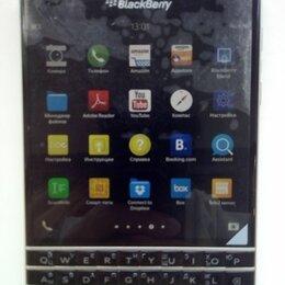 Мобильные телефоны - Телефон Blackberry passport, 0