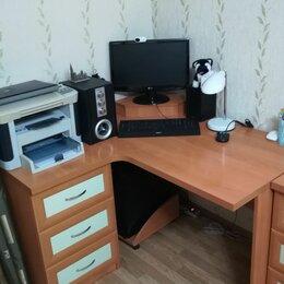 Компьютерные и письменные столы - Стол компьютерный с тумбой угловой. , 0