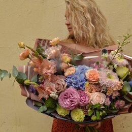 Флористы - Флорист, помощник флориста с быстрым ростом до флоритста., 0