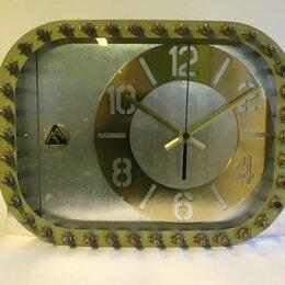 Часы настольные и каминные - Часы с авиационной ДНК из фюзеляжа самолёта, для влюблённых в небо., 0