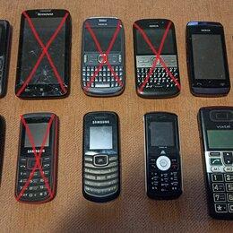 Мобильные телефоны - 6 телефонов в разном состоянии, 0