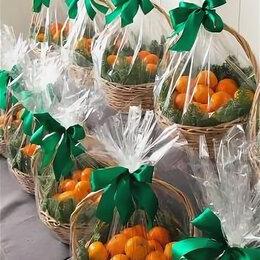 Новогодние фигурки и сувениры - Новогодняя корзина с мандаринами, 0