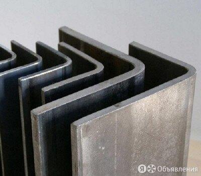 Уголок гнутый равнополочный 30х30х4 мм ст. С345 ГОСТ 19771-93 по цене 41450₽ - Металлопрокат, фото 0
