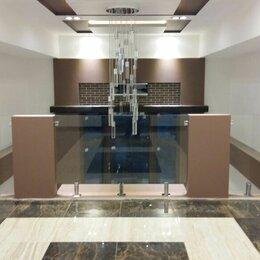 Дизайн, изготовление и реставрация товаров - Ограждения из закалённого стекла и триплекса, 0