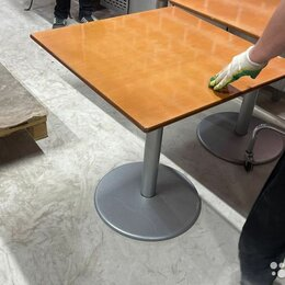 Мебель для учреждений - Столы 70х70 30 штук, 0