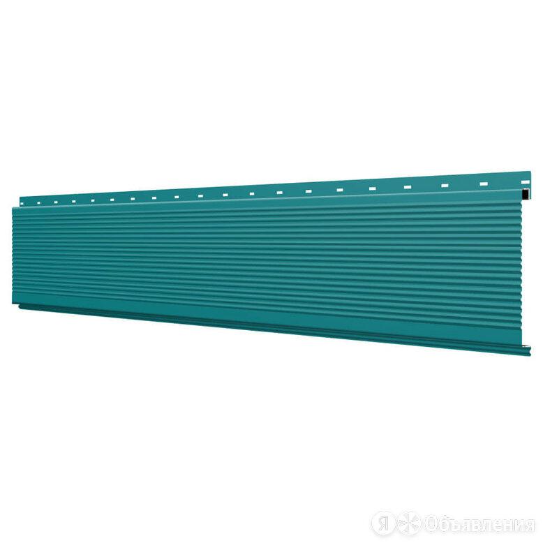 Линеарная потолочно-стеновая панель РИФЛЕНАЯ RAL5021 Морская Волна по цене 193₽ - Стеновые панели, фото 0
