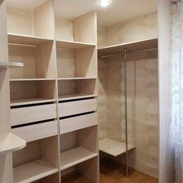Стеллажи и этажерки - Гардеробные комнаты, 0