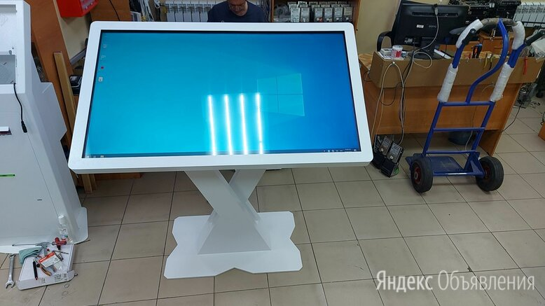 "Сенсорный стол 55""-Х по цене 151000₽ - Витрины, фото 0"
