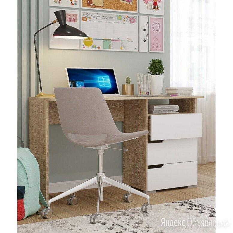 Современный компьютерный стол по цене 4900₽ - Компьютерные и письменные столы, фото 0
