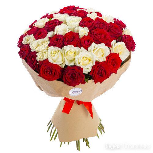 51 красная и белая роза premium 50 см по цене 3990₽ - Рыболовные поводки и поводковый материал, фото 0