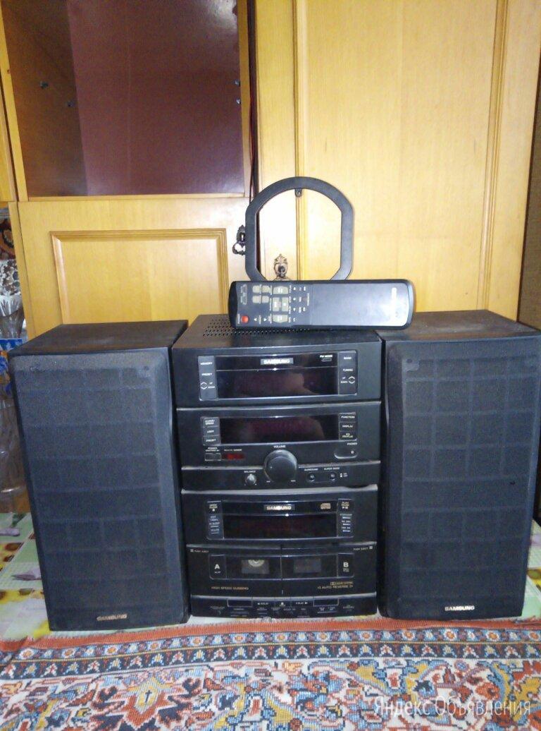 Музыкальный центр Самсунг по цене 3000₽ - Акустические системы, фото 0
