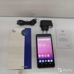 Мобильные телефоны - Смартфон Fly Life Mega, 0