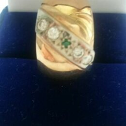 Кольца и перстни - Обручальное кольцо с алмазами и изумрудом, 0