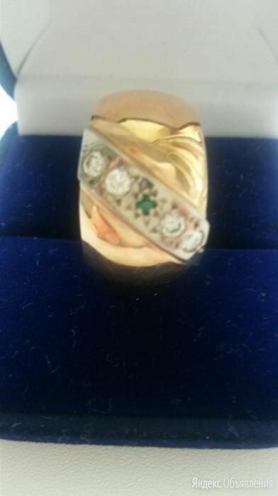 Обручальное кольцо с алмазами и изумрудом по цене 500000₽ - Кольца и перстни, фото 0