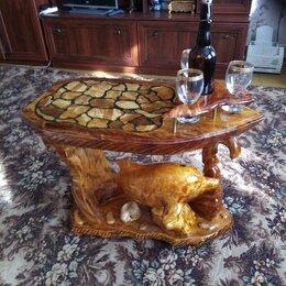 Столы и столики - Резной винный столик из дерева, 0