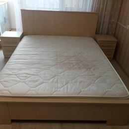 Кровати - Двуспальная кровать б/у, 0