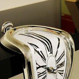 Часы настольные и каминные - Стекающие часы в стиле Сальвадора Дали, 0