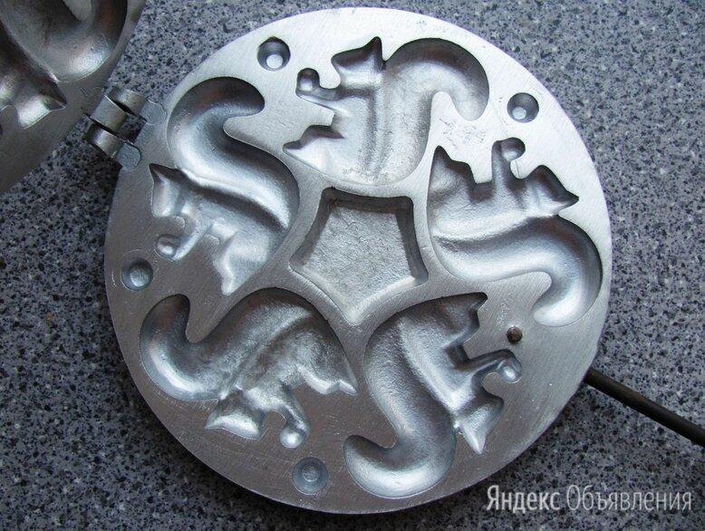 Форма для печенья Белочки Предприятие УЛА Литовская ССР по цене 1000₽ - Посуда для выпечки и запекания, фото 0