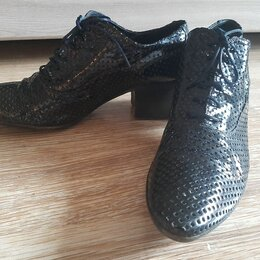 Ботинки - Полуботинки Rocco P. Кожа 40 р-р, 0