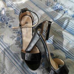 Босоножки - Туфли на каблуке, 0