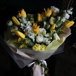 Цветы, букеты, композиции - Букеты подарочные , 0
