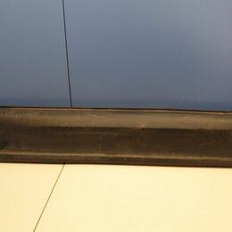 Кузовные запчасти - Молдинг двери левый задний Mazda CX-5 2017-, 0
