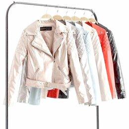 Куртки - Женская куртка кожзам, 0