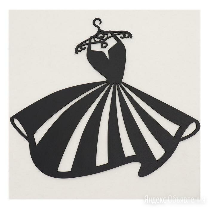 Декоративное панно деревянное 'Платьеце' 41х35(42х42)см по цене 703₽ - Картины, постеры, гобелены, панно, фото 0