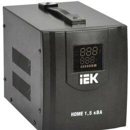 Источники бесперебойного питания, сетевые фильтры - Стабилизатор напряжения HOME СНР 1/220 1.5кВА переносной IEK IVS20-1-01500, 0