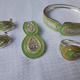 Комплекты - Бижутерия. Комплект серьги, кулон, браслет, кольцо, 0