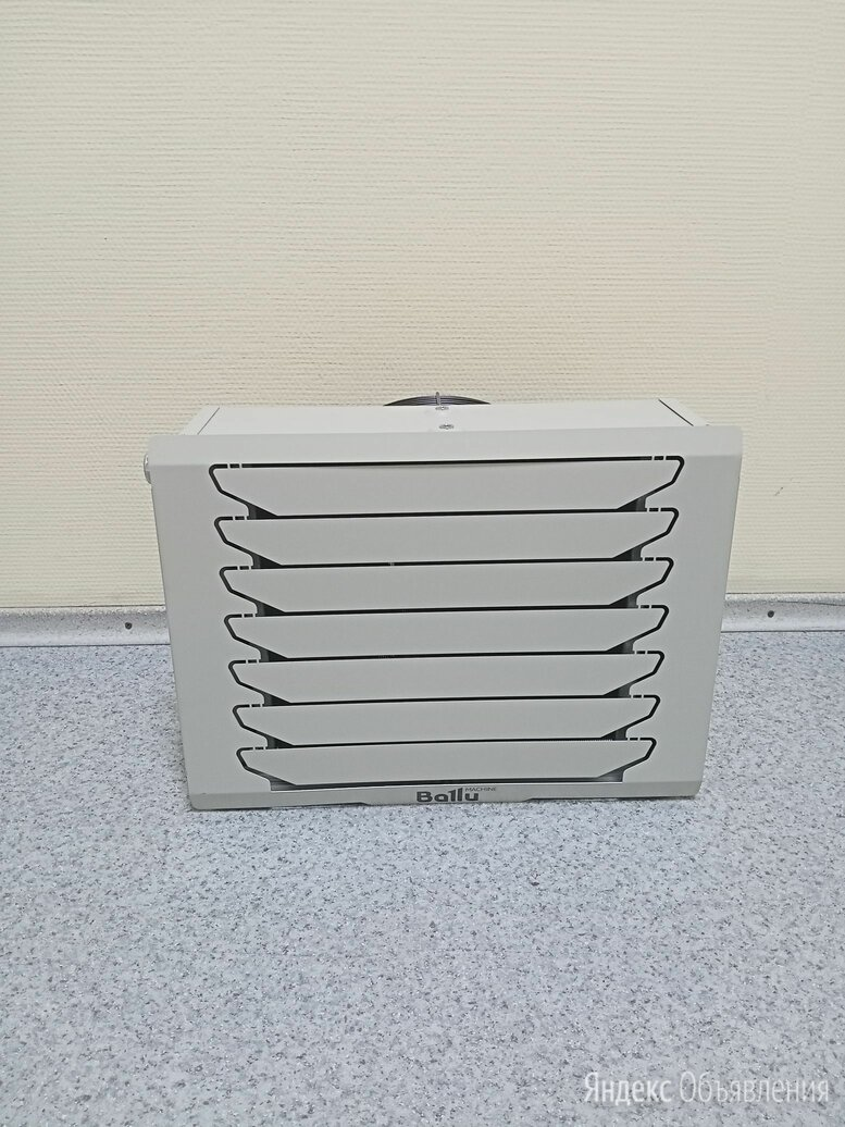 Водяной тепловентилятор Ballu  BHP-W4-20-S по цене 27190₽ - Водяные тепловентиляторы, фото 0
