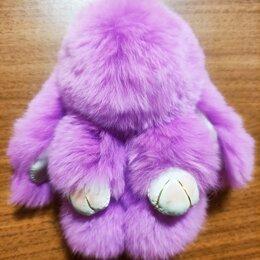 Брелоки и ключницы - Брелок кролик из натурального меха, 0