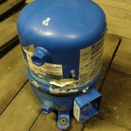 Запчасти и расходные материалы - Компрессор холодильный Maneurop MTZ28JE4A, 0