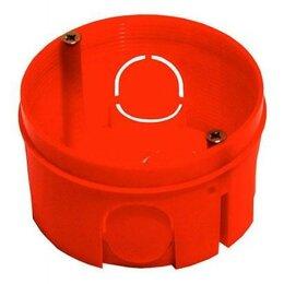 Корзины, коробки и контейнеры - HEGEL коробка уст. внеш. 68х40мм (внутр. 64х38мм) СУ для твердых стен 5 вводо..., 0
