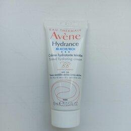 Для лица - Avene hydrance BB-riche, 0