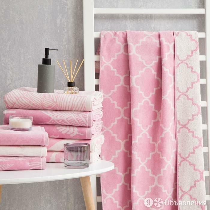 Полотенце махровое Этель Ornament розовый, 70х130 см, 100 хл, велюр, 420 гр/м2 по цене 1292₽ - Полотенца, фото 0