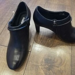 Ботинки - Ботильоны женские ECCO Размер 35, 0