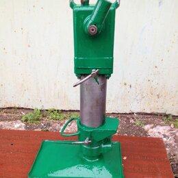 Грузоподъемное оборудование - Домкрат строительный 30 т., 0