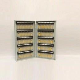 Настенные ключницы и шкафчики - Ключница на 100 ключей, 0