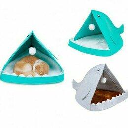 Лежаки, домики, спальные места - Лежанка-домик для кошек и маленьких собак, 0