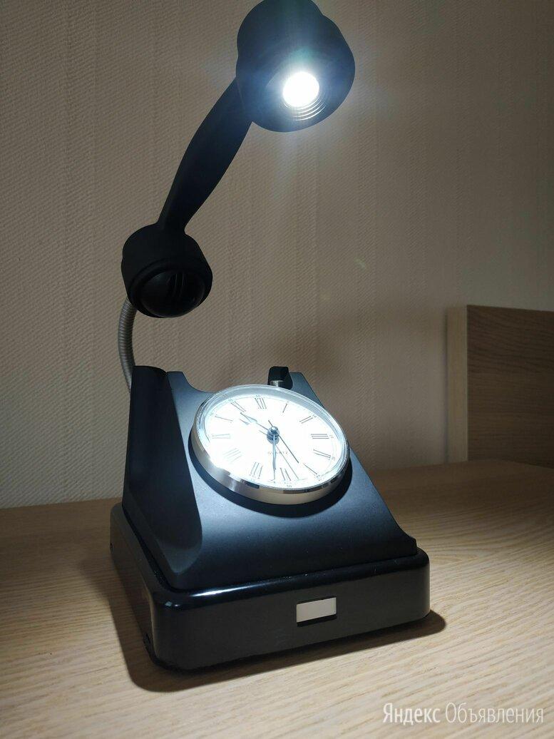 Настольная лампа с часами из дискового телефона РЕТРО по цене 8500₽ - Настольные лампы и светильники, фото 0