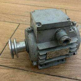 Принадлежности и запчасти для станков - Двигатель электрический асинхронный 0,18 кВт, 0