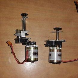 Электроустановочные изделия - Электродвигатели маленькие с редуктором, 0