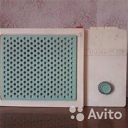 Радиоприемники - Радиоприёмник сетевой , 0